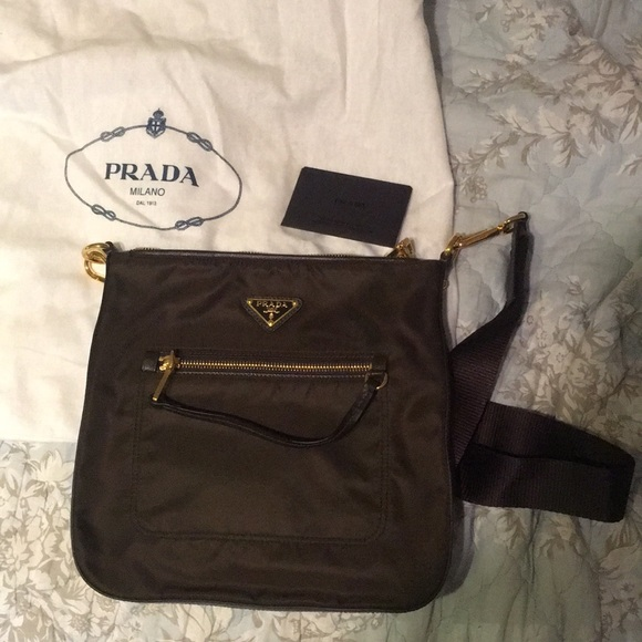 Brand new Prada nylon bag. M 5b25c139aaa5b86a27e47e92 0d8e810464